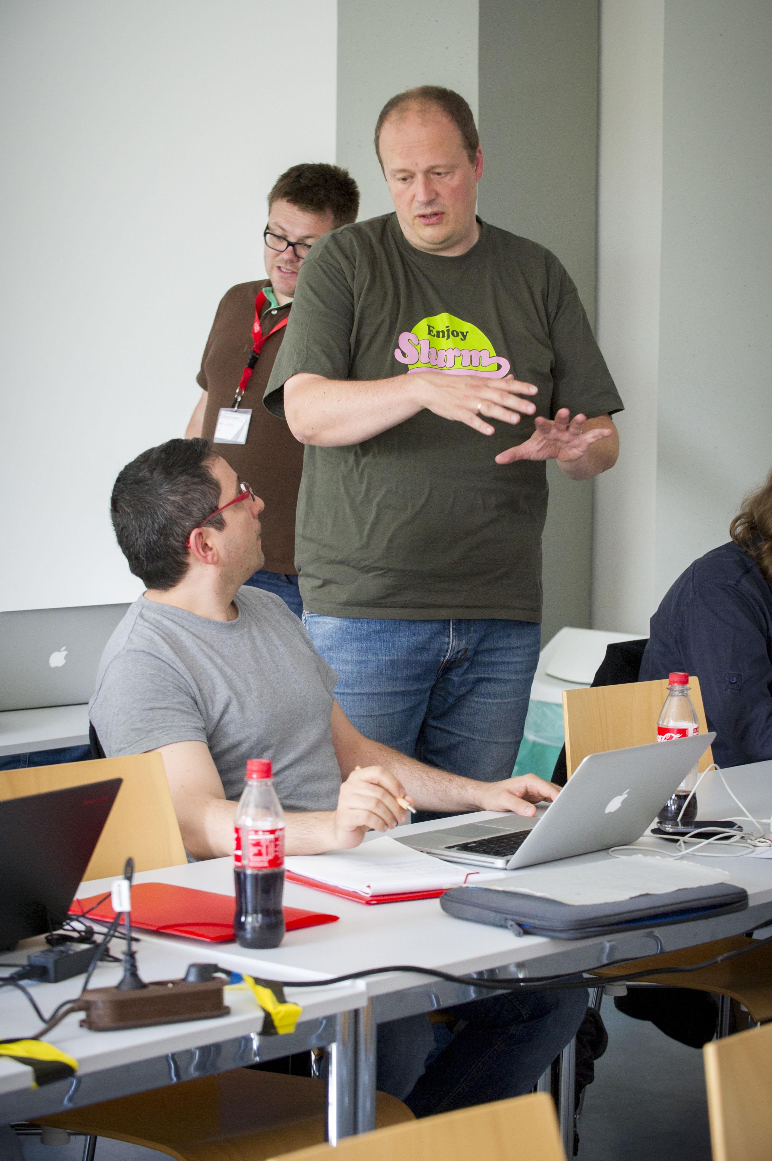 Puppet management workshop with Sven Sternberger and Ben Jones (photo by Tanja Meissner, KIT)